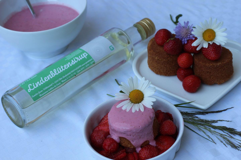 Lindenblüten Kuchen mit Kokos Erdbeercreme