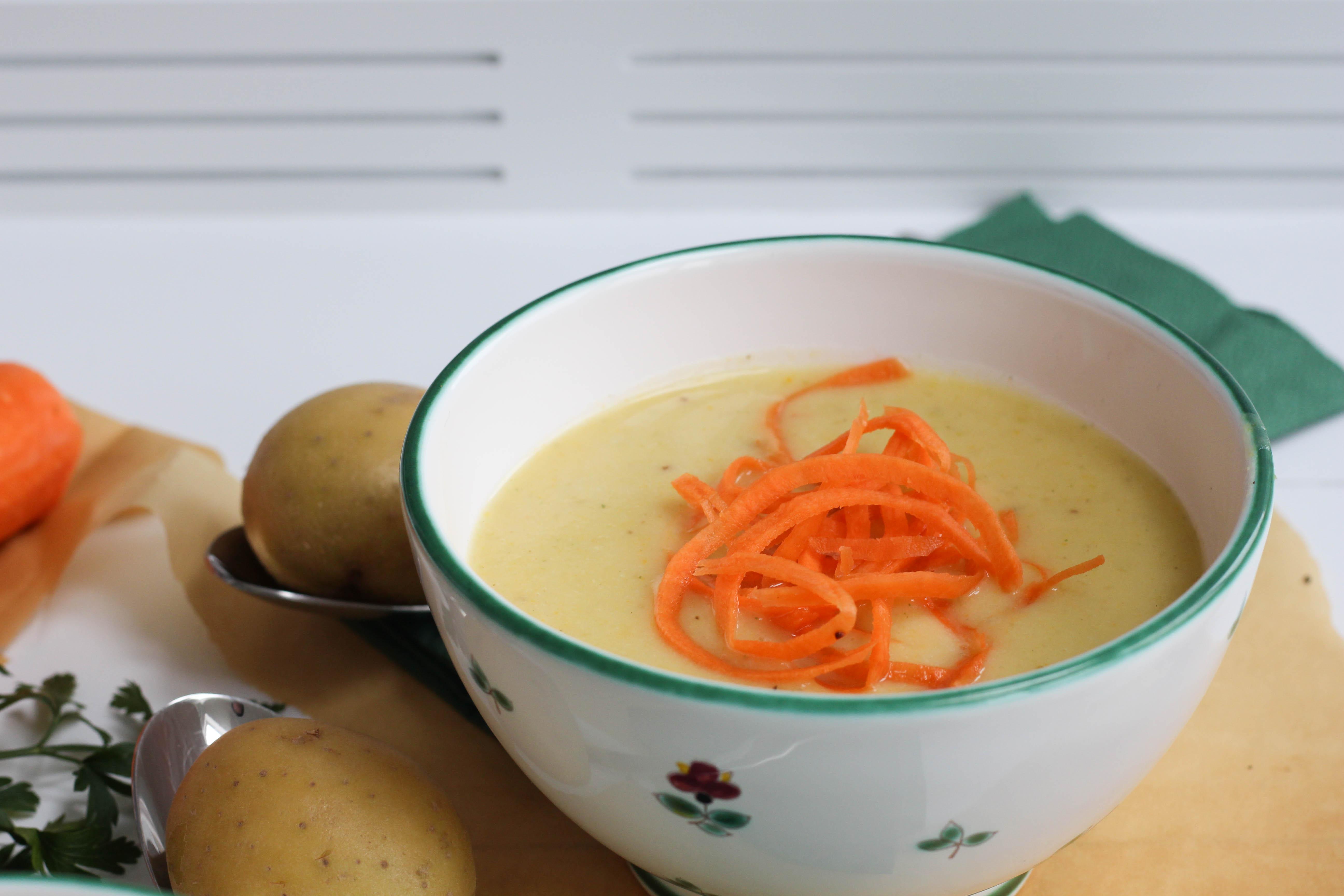vegan-erdaepfelsuppe-kartoffel-suppe-homespa-plantbased-1-von-1-12