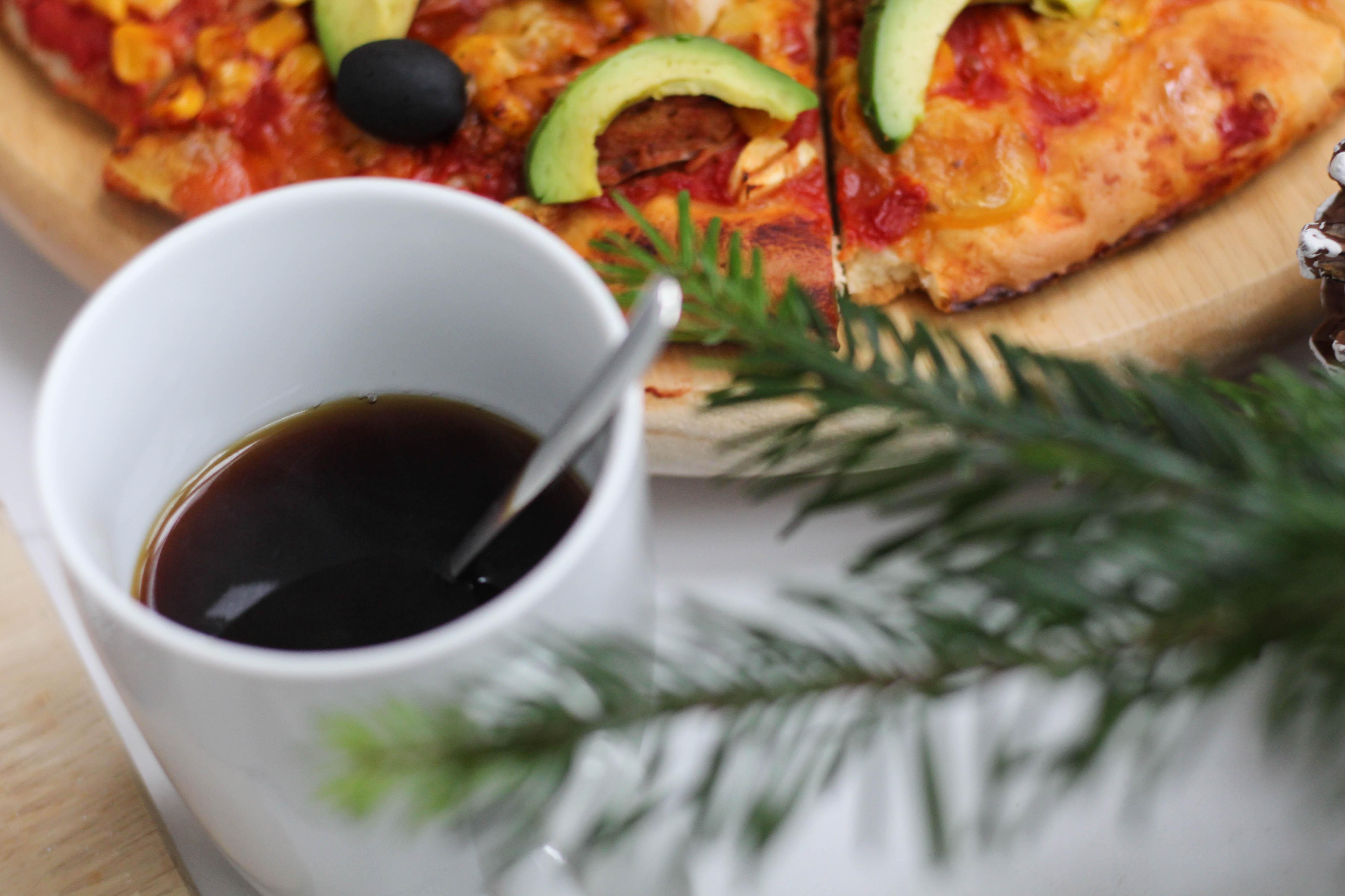 vegane pizza germteig gilmore girls homespa plantbased 1 von 1 2 dein homespa. Black Bedroom Furniture Sets. Home Design Ideas