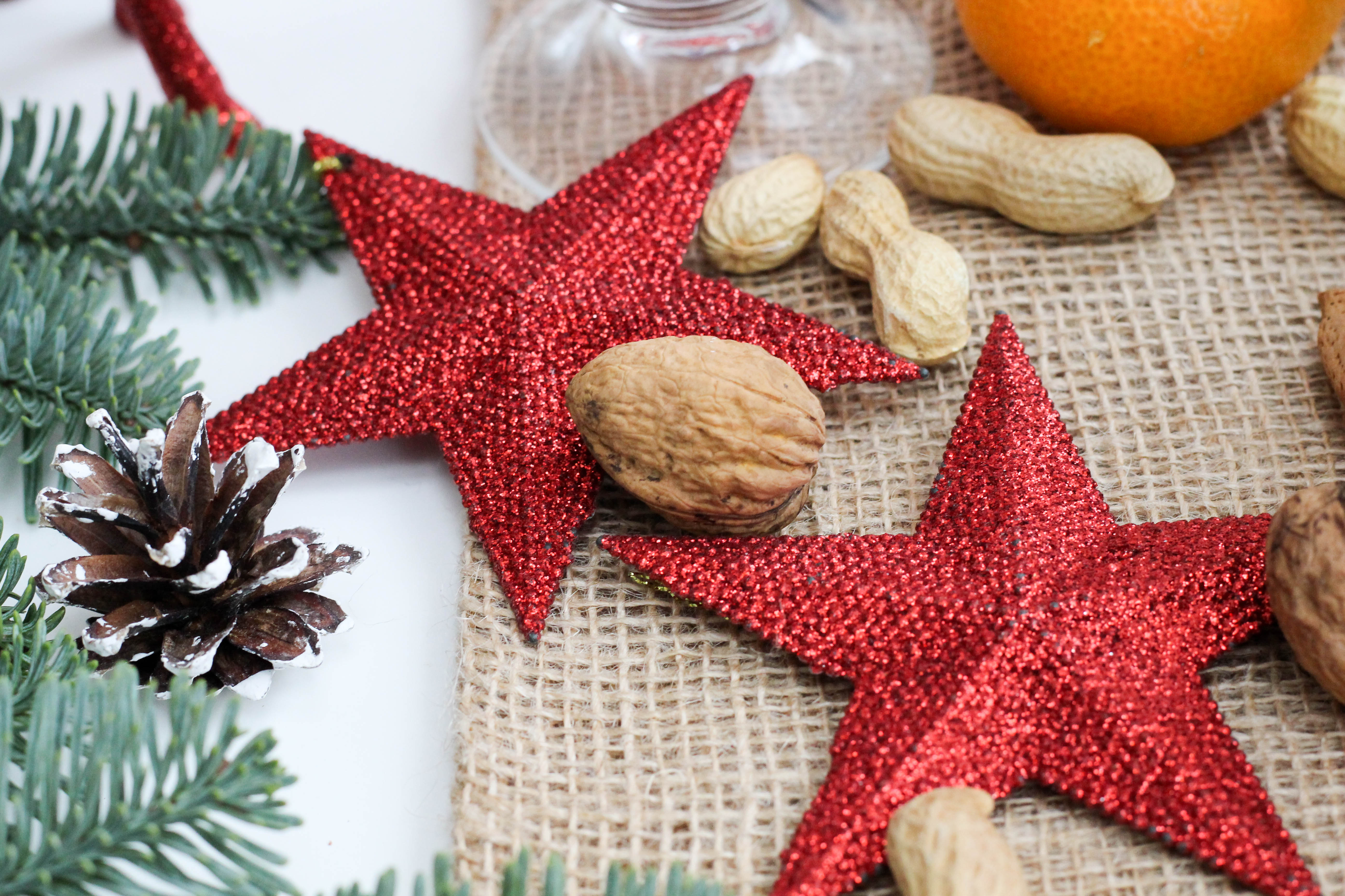vegan-nikolaus-krampus-weihnachten-bratapfel-germteig-perchten-nuesse-christmas-soulfood-homespa-plantbased-25-von-35