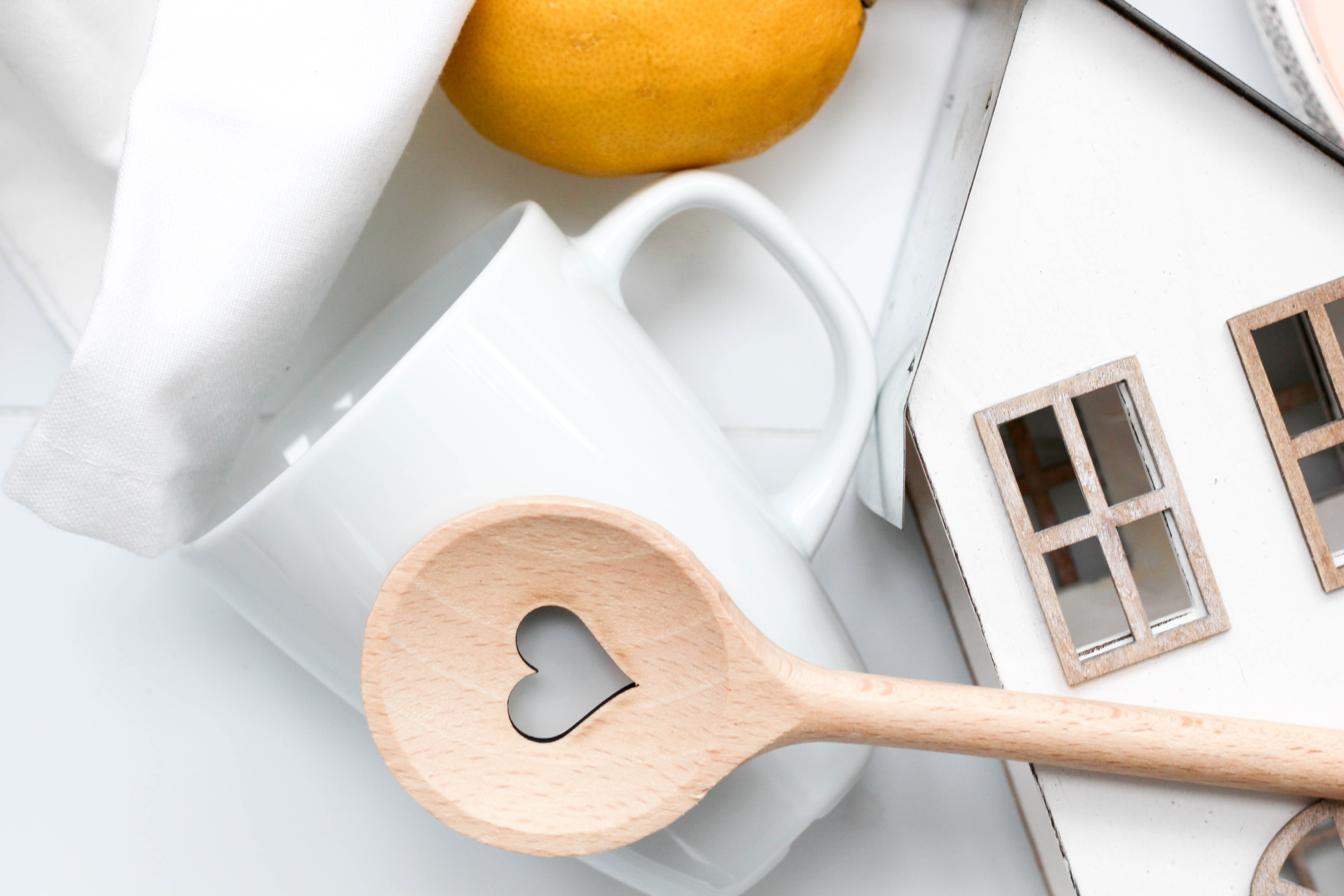 Vegan - HomeSpa - Küche - Tricks - Nachhaltig - Flatlay - Kochlöffel -Nachhaltigkeit