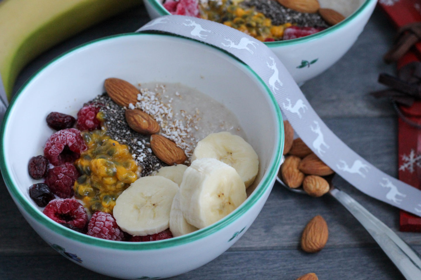 Vegan Porridge Bowl mit Maracuja