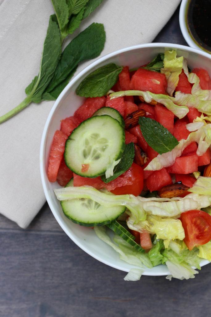 Homespa - Vegan - Wassermelonen - Bowl - Balsamico Dressing - Minze - Rauchmandeln-Clean Eating, Powerfood, Vegane Rezepte