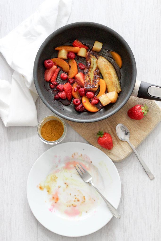 Vegan HomeSpa, Gebratene Banane, gebratenes Obst, Eat the Rainbow, Bowl, Obssalat, Obstbowl, Healthyvegan Regenbogen