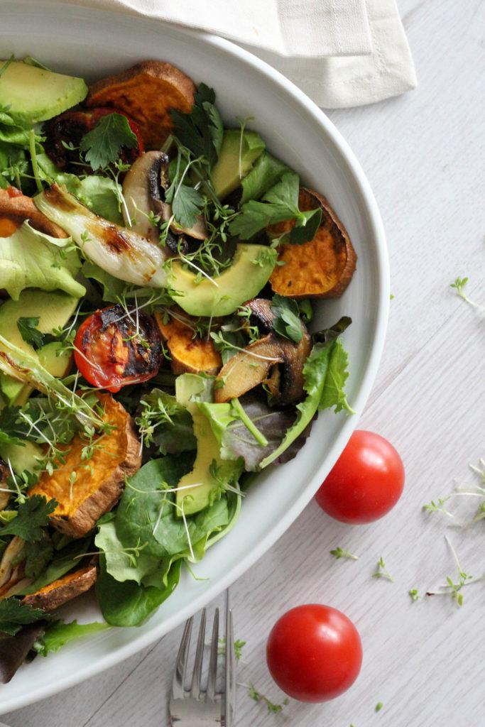Veganer Knollenwinde Salat vom Ofen oder Grill, Süßkartoffel, Vegan, Vegan im Sommer, Austrianfood