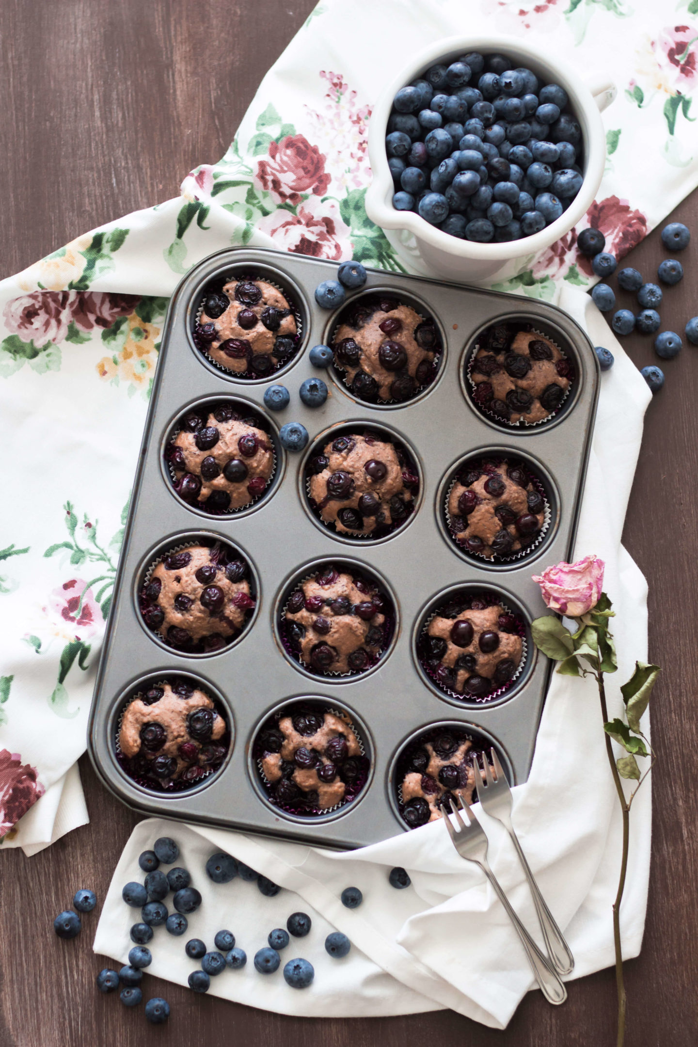 Vegane Heidelbeer Schoko Muffin mit Chia Samen