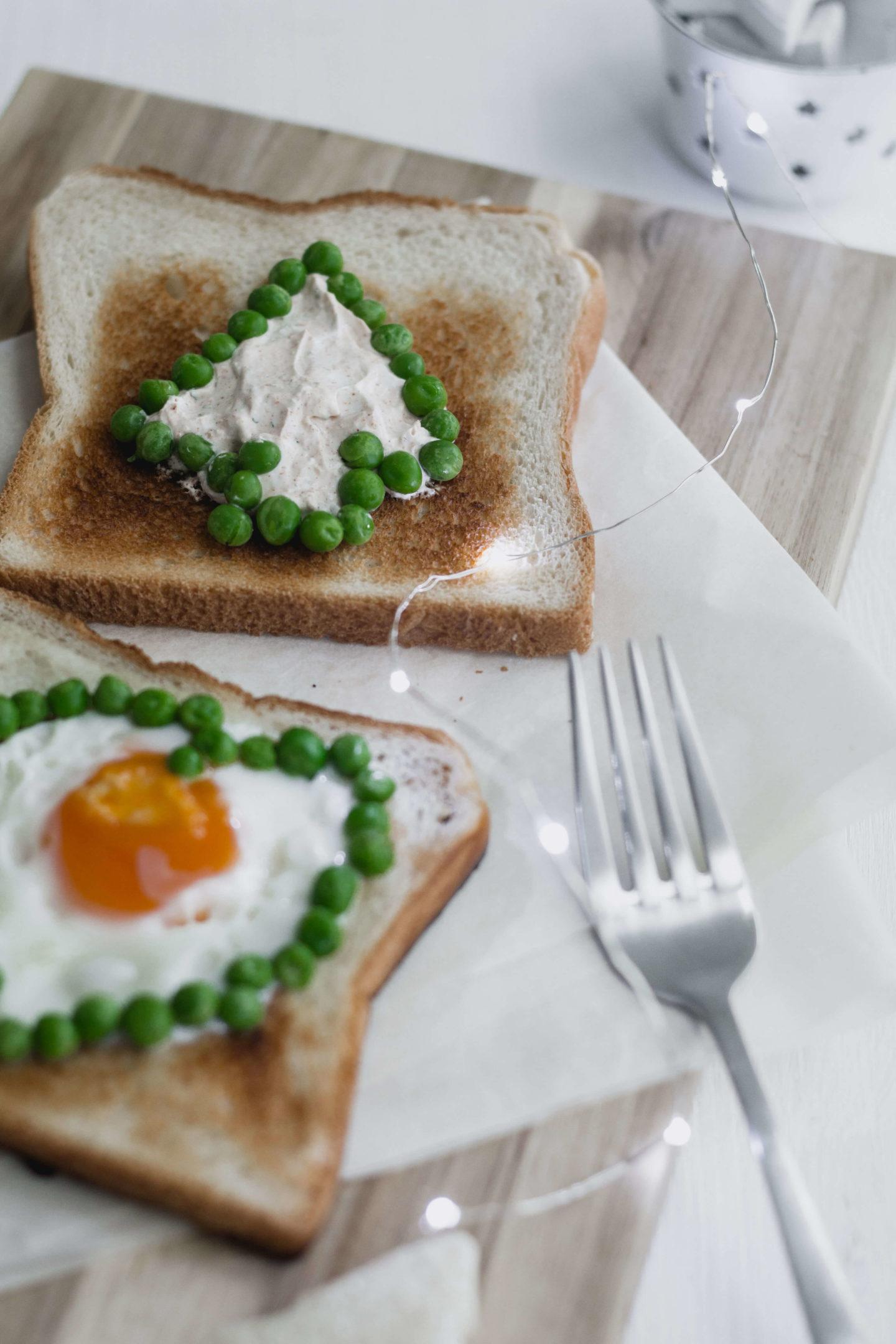 Vegetarisches Winterfrühstück auf dem Sofa!