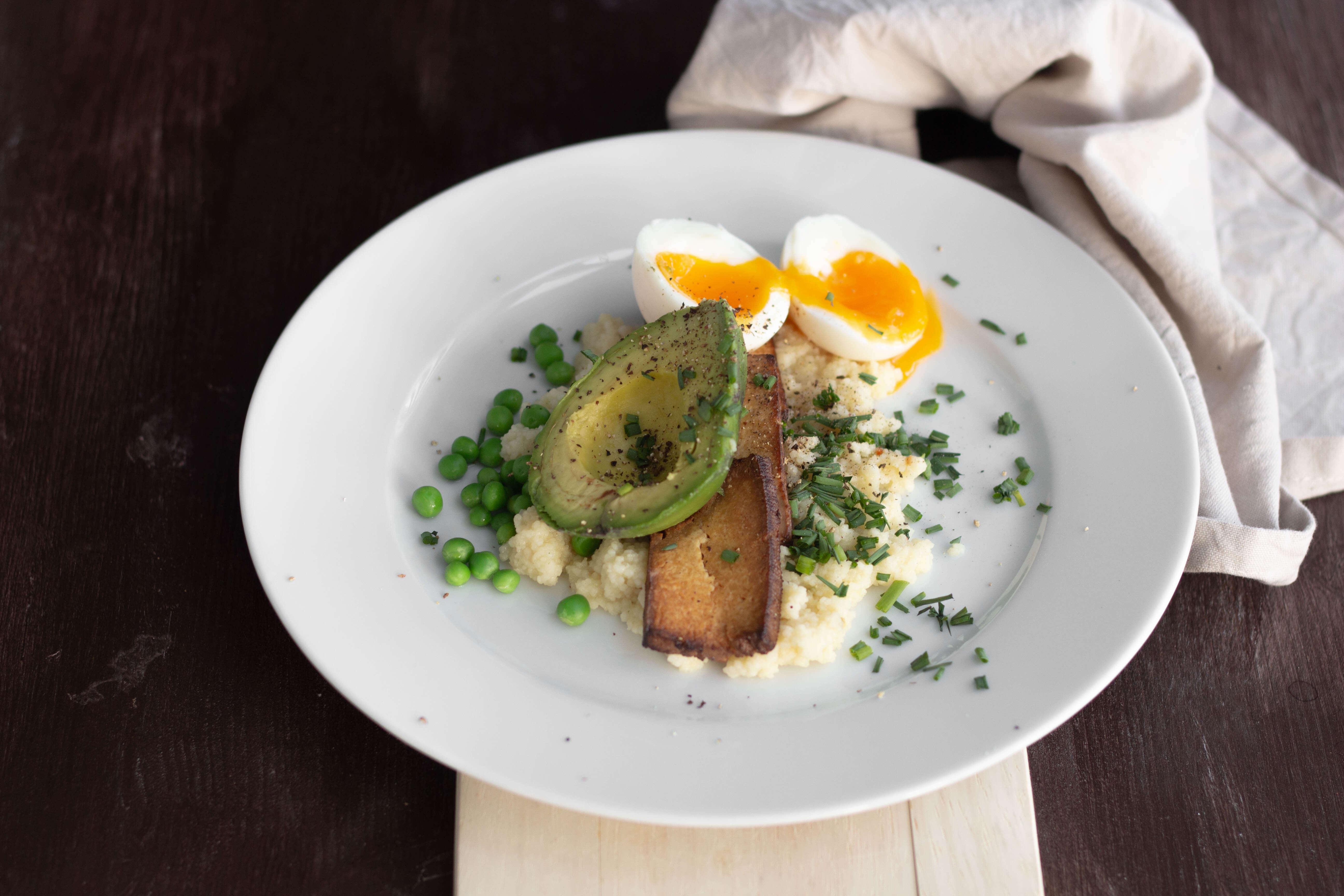 Vegetarischer Couscous Tofu Brunch