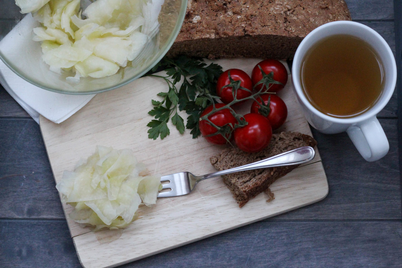"Veganer Kohlrabisalat oder der ""Räuberstochter"" Salat"