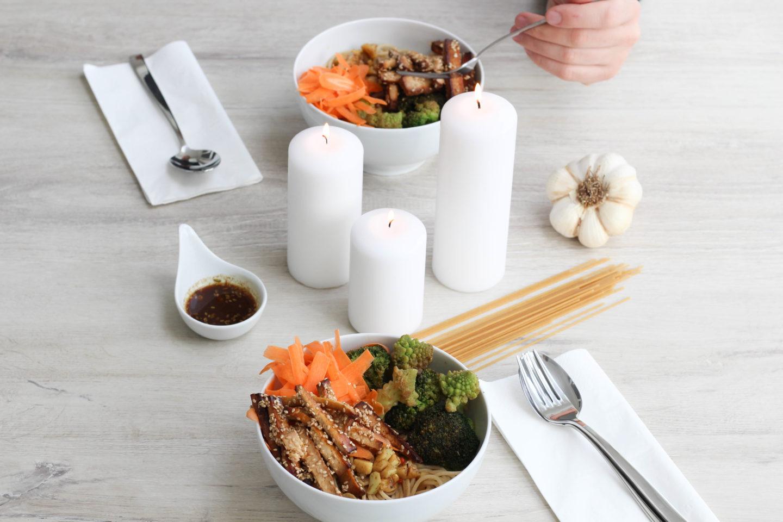 Vegane Bowl mit super leckerer Süß – Sauer Soße