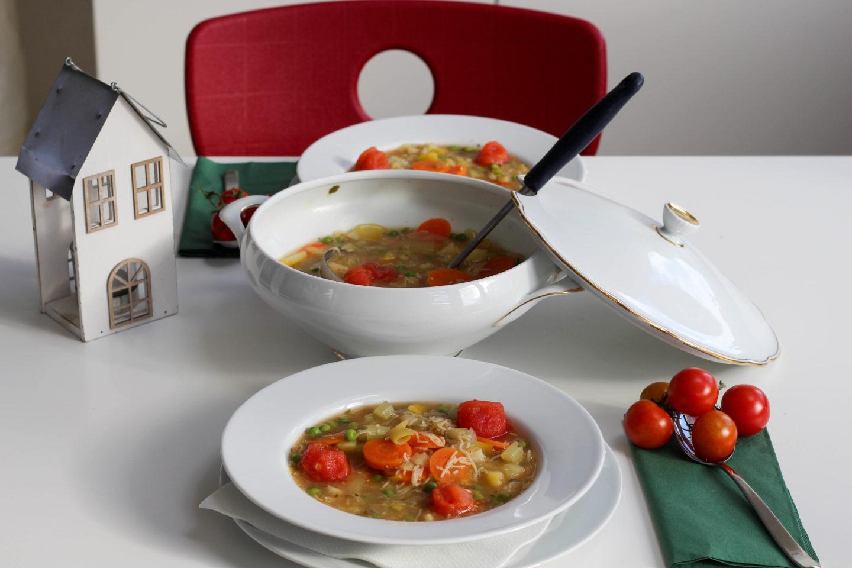 vegan-minestrone-suppe-gemuese-italien-homespa-plantbased - Homespa
