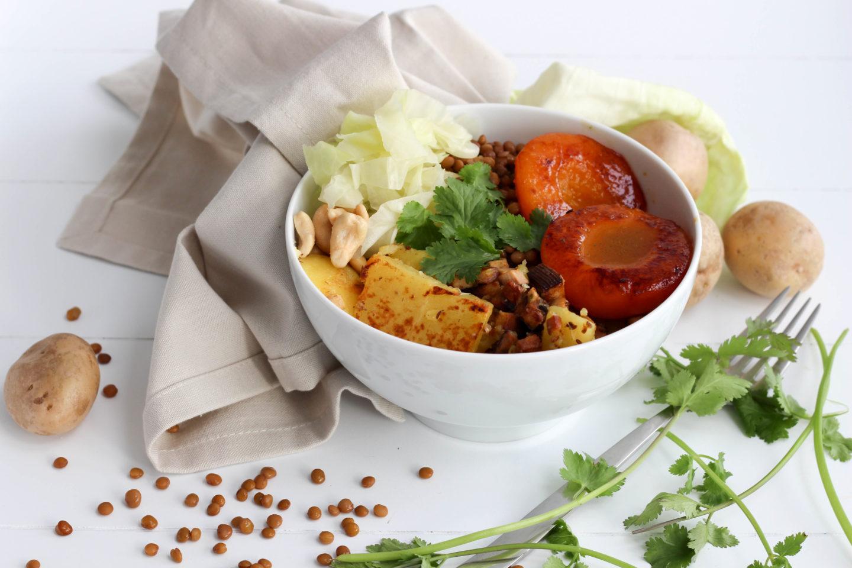 Vegane Krautschüsserl Bowl mit Pfirsichen