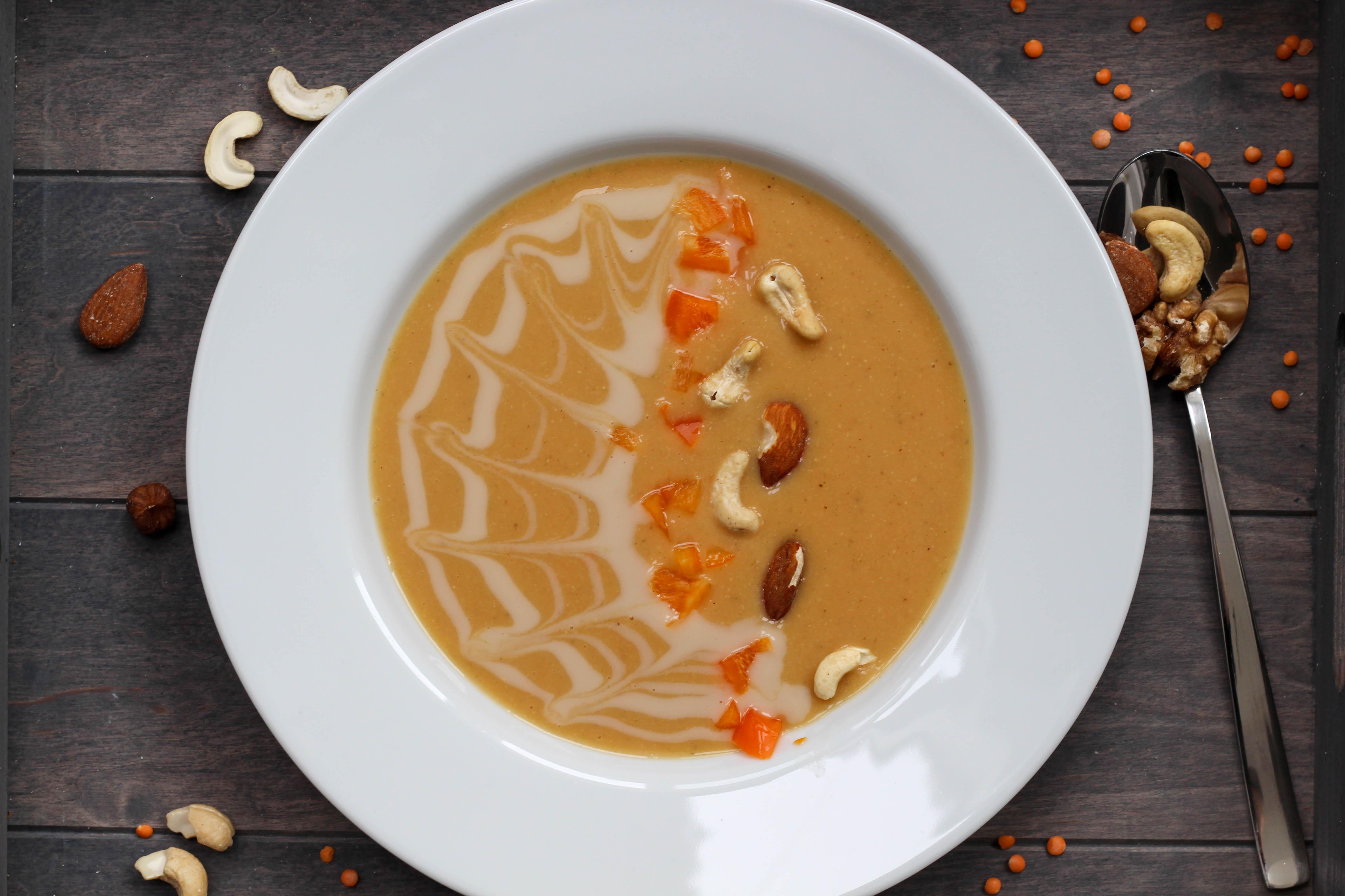 Vegan - Plantbased - Soulfood - Linsensuppe - DeinHomeSpa
