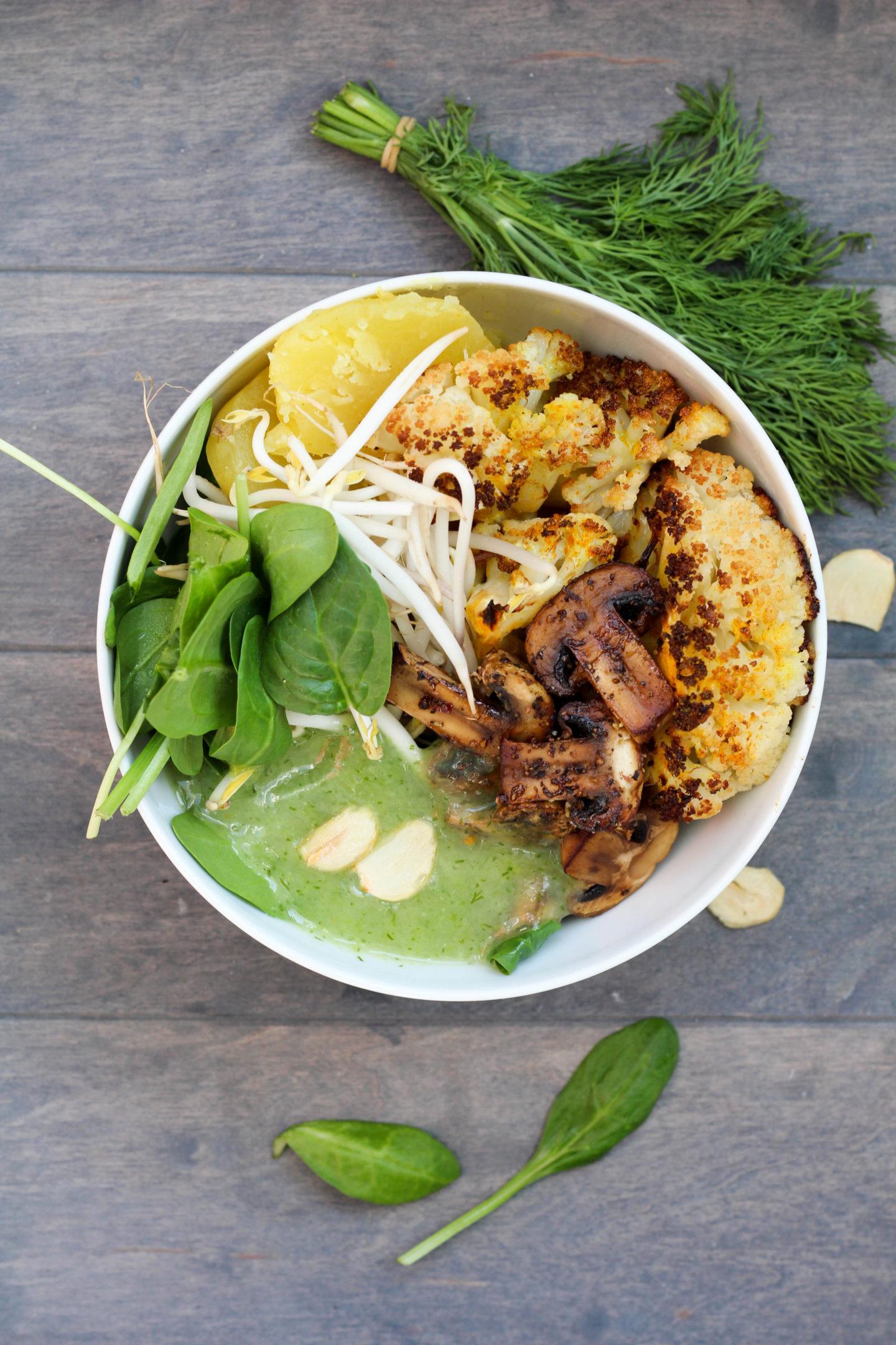 Vegane Erdäpfel Dill Bowl mit Ofenkarfiol