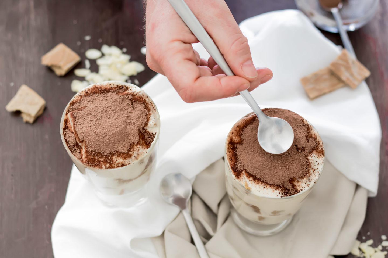 Veganes Tiramisu - Ein Dessertbecher voller Italien Urlaub!