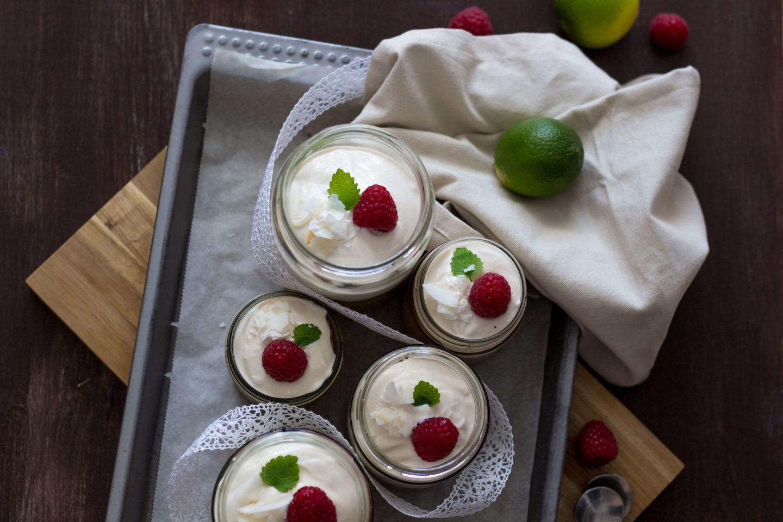 Veganer Limetten/Kokoskuchen im Glas - Erfrischend einfach!
